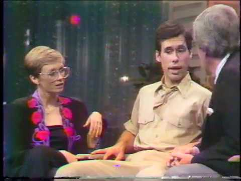 Sandy Duncan, Don Correia -  Merv interview 11/1/1980