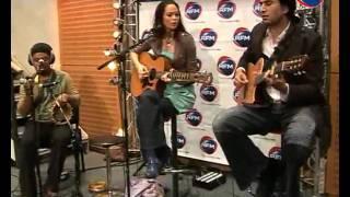 """La chanteuse Grace interprète son nouveau hit """"Open Road"""" sur RFM"""