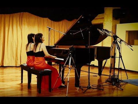 Brahms - Hungarian Dance No. 11 Poco Andante / Fabiana & Paula Chavez - Piano four hands
