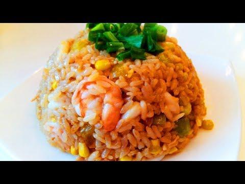 Китайская кухня.  Жареный рис с кальмаром.