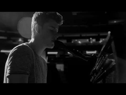 Running Low - Shawn Mendes (Music Video)