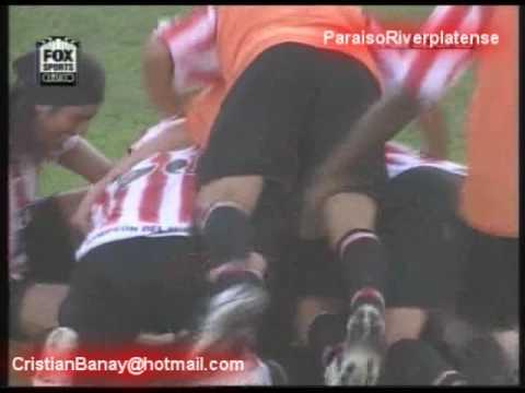 Gol de Mariano