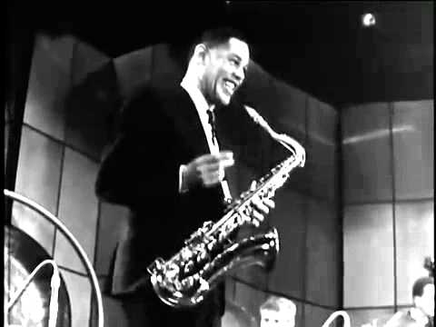 Dexter Gordon Biography 'Sophisticated Giant' Chronicles a
