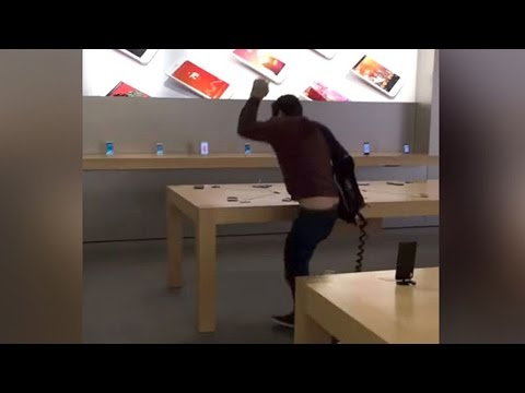 Angry Customer SMASHES Apple Store (VIDEO)