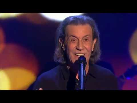 Albert Hammond - When You Tell Me That You Love Me & One Moment In Time 2016
