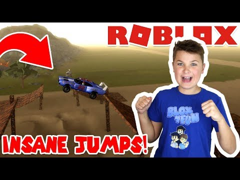 SUPER REAL CAR DRIVING in ROBLOX CAR SUSPENSION TEST (CRIMINALS VS COPS)