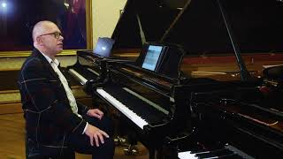 Piano Lesson on Practising Hands Separately, by Graham Fitch