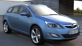 3D Model of Opel Astra Sports Tourer (2011) Review