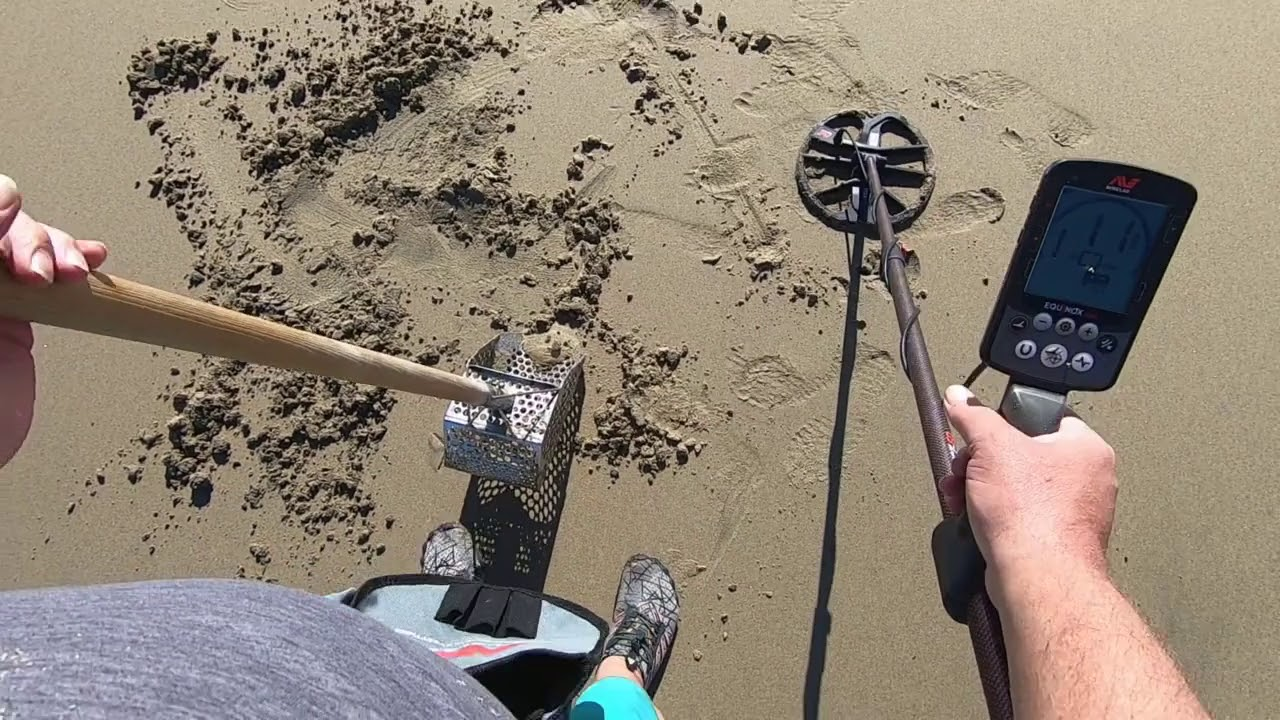 Download Beach Metal Detecting 1/10/20