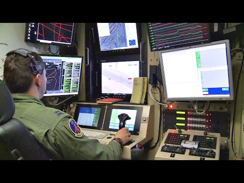 Flying The MQ-1 Predator UAV - Pilot Training
