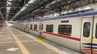 クアラルンプール駅を発車するKTMコミューター