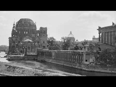 Fahrt mit der S-Bahn durch das #Berlin von 1947 - Fotos: Har