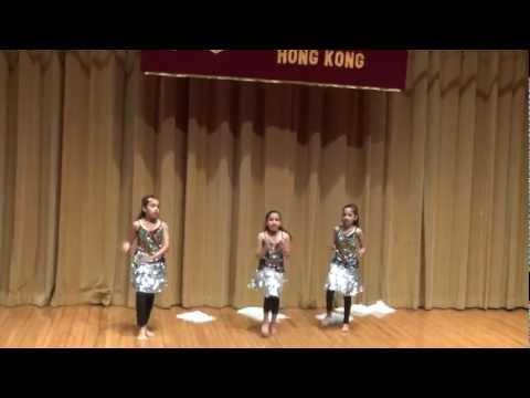 Dhola dhol manjera baje dance performance
