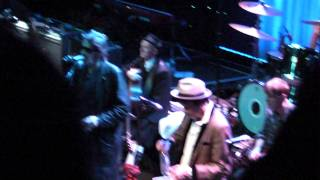 the pogues and the band played waltzing matilda