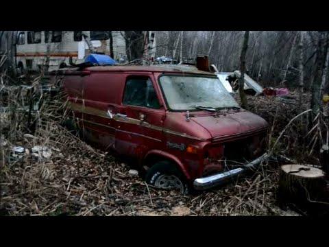 Dodge Truck Salvage Yards >> Vintage Vans Other Junk In Quebec Salvage Yard Youtube