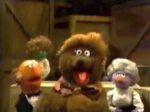 Sesame Street - Flo Bear's