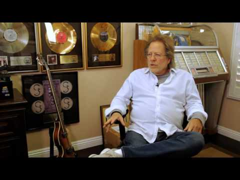 qWaqqchat with hit songwriter Steve Dorff