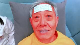 유니가 아픈 할아버지를 돌봐드렸어요! Yuni pretends to take care of her sick grandfather. indoor playground - Romiyu