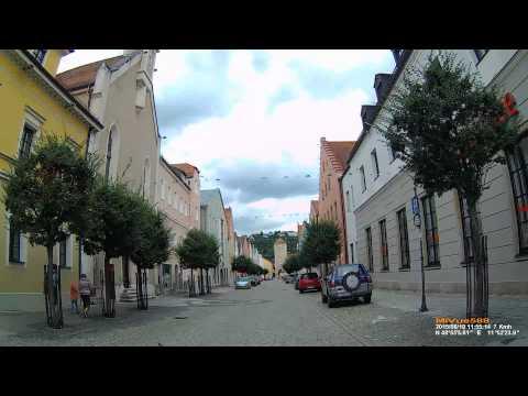 D: Kreisstadt Kelheim. Landkreis Kelheim. Fahrt durch die Stadt. August 2015
