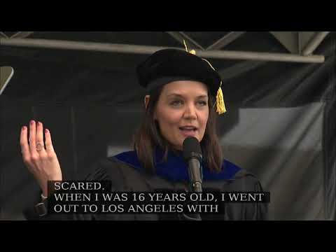 Katie Holmes delivers University of Toledo 2019 commencement speech