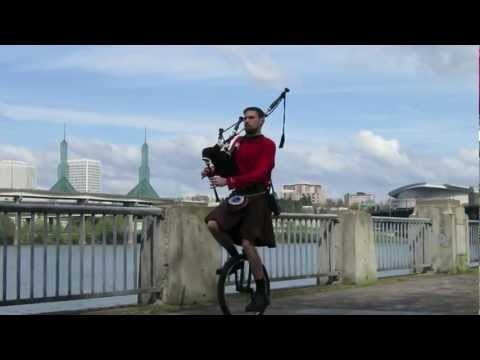 Star Trek on Bagpipes and Unicyle - The Unipiper
