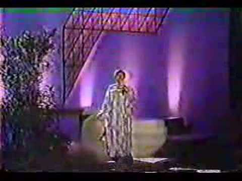 Aretha Franklin Singing Blessed Assurance.