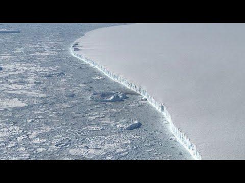 El iceberg gigante A68 se interna en mar abierto