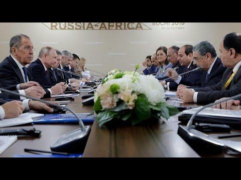 السيسي يلتقي بوتين في سوتشي خلال فعاليات أول قمة إفريقية -روسية…  - نشر قبل 24 دقيقة