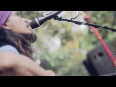 Dialog Dini Hari - Satu Cinta (Live at JOYLAND Festival 2012)