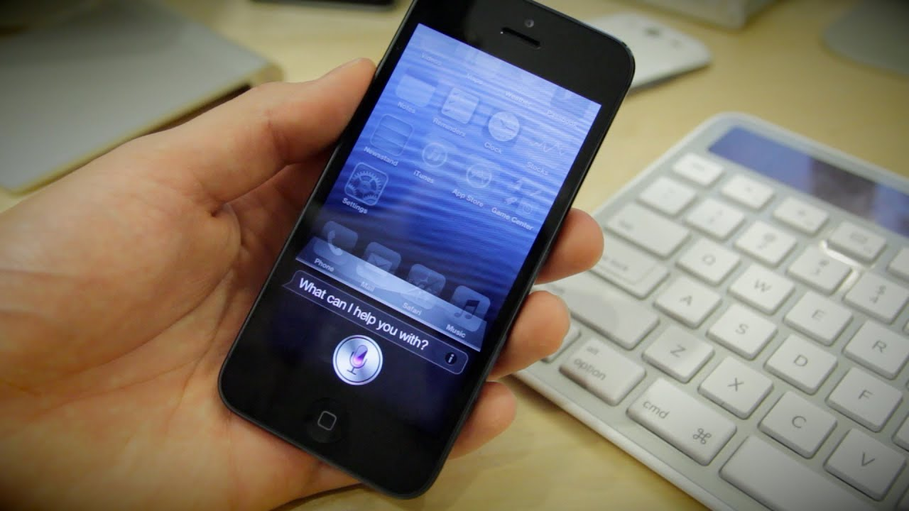 how to call siri on iphone 5