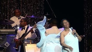 Baixar Aretha Franklin - Respect in NYC 2014