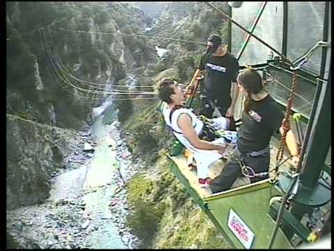 Superbe Canyon Swing Queenstown   The Chair   YouTube