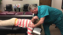 Houston Chiropractor Dr Johnson Treats Severe Neck Pain, Upper Back Pain & Muscle Spasms