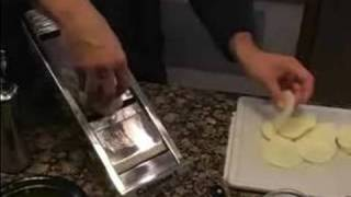 How To Cook Vegetables : Preparing To Cook A Potatoes Au Gratin Recipe