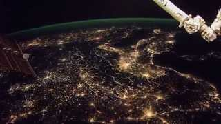 ISS Timelapse - Europe blinding lights & Arabian Moonrise (12 Febbraio 2015)