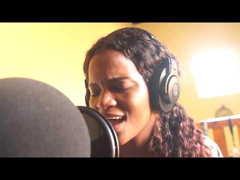 ami-faku---ubuhle-bakho-(recording-session)