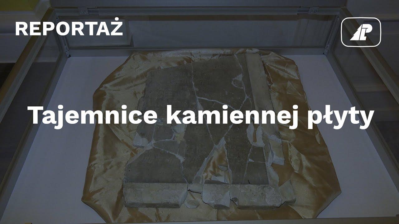 70 lat służyła za wycieraczkę… Tajemnice kamiennej płyty poświęconej leśnikom