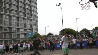 Zach LaVine Shows Out in China and Dunks Over A Fan!