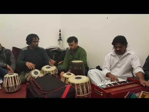 Small clip of ustad shahbaz on tabla with qadeer dholi