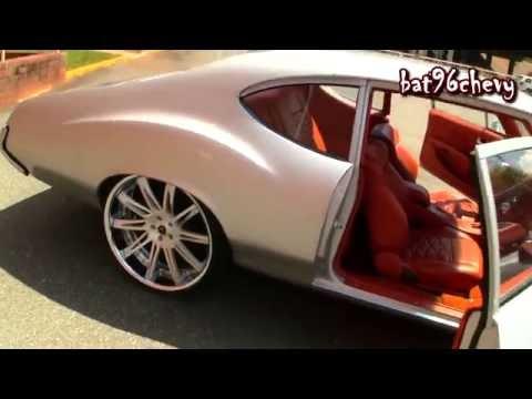 "1972-oldsmobile-cutlass-on-24""-savini-forged-wheels,-infiniti-dash-&-custom-interior---hd"