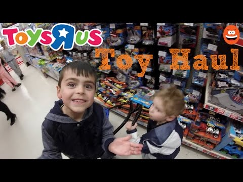 Toys R Us Toy Haul! Minecraft Lego Spongebob Mega Blocks Shopkins Blind Bags Frozen Mystery Minis