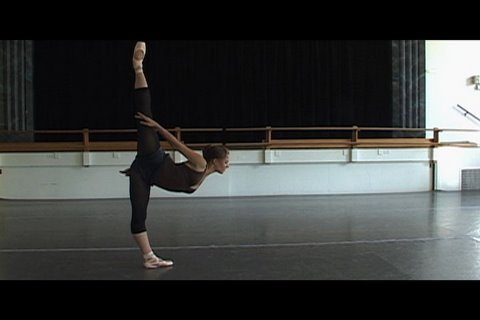 Ballet: Aria Stops By...