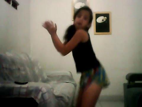 Menino de 10 anos dançando bang de anitta