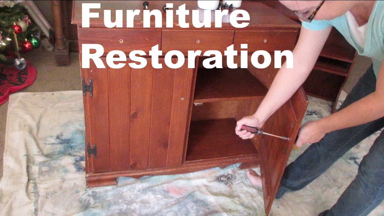 LEARNING HOW TO RESTORE FURNITURE!