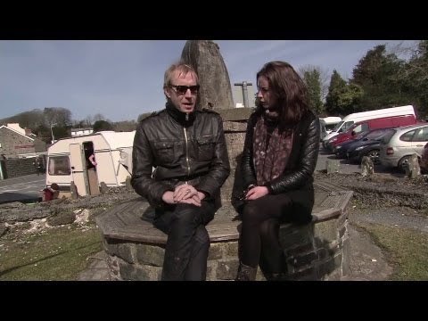 Rhys Ifans on Dylan Thomas (with English subtitles)