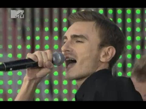Music video Рома Кенга - высоко