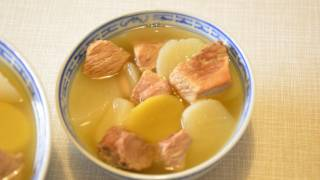Turnip lean pork soup 白蘿蔔煲瘦肉湯