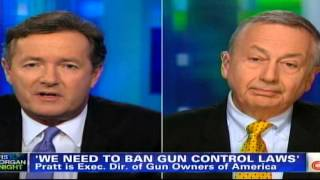 Piers Morgan resorts to name calling after losing Gun Control debate !!! thumbnail