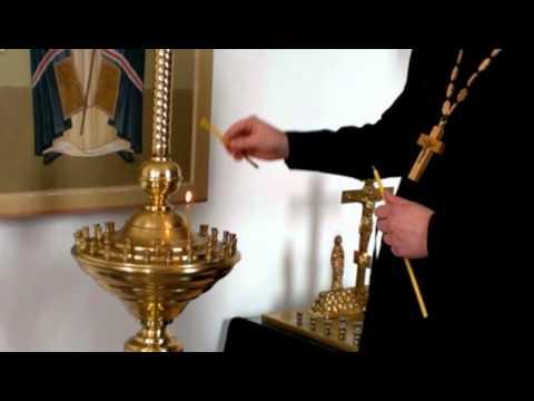 Как правильно ставить свечку в церкви
