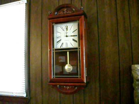 Verichron Pendulum Mahogany Wall Clock Westminster Chime